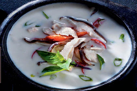 Thai chicken lemon grass coconut soup -tom kai